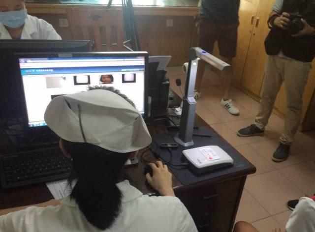 深圳驾照换证不用再去车管所了 体检点可以一站式办理期满换证业务