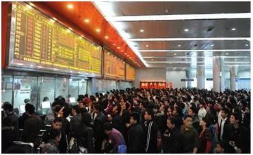 广州省汽车客运站开售2018春节后车票 19日开始通宵发班