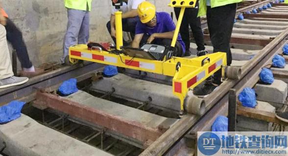 长沙地铁3号线近日启动轨道铺设